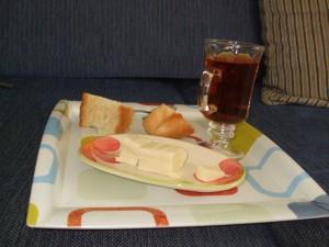 Peynir Ekmek Vişne suyu